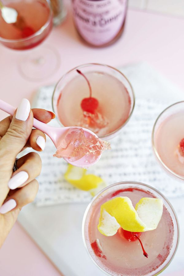 """<strong>Get the <a href=""""http://abeautifulmess.com/2016/08/rose-all-day-jello-shot.html"""" target=""""_blank"""">Rosé Jello re"""
