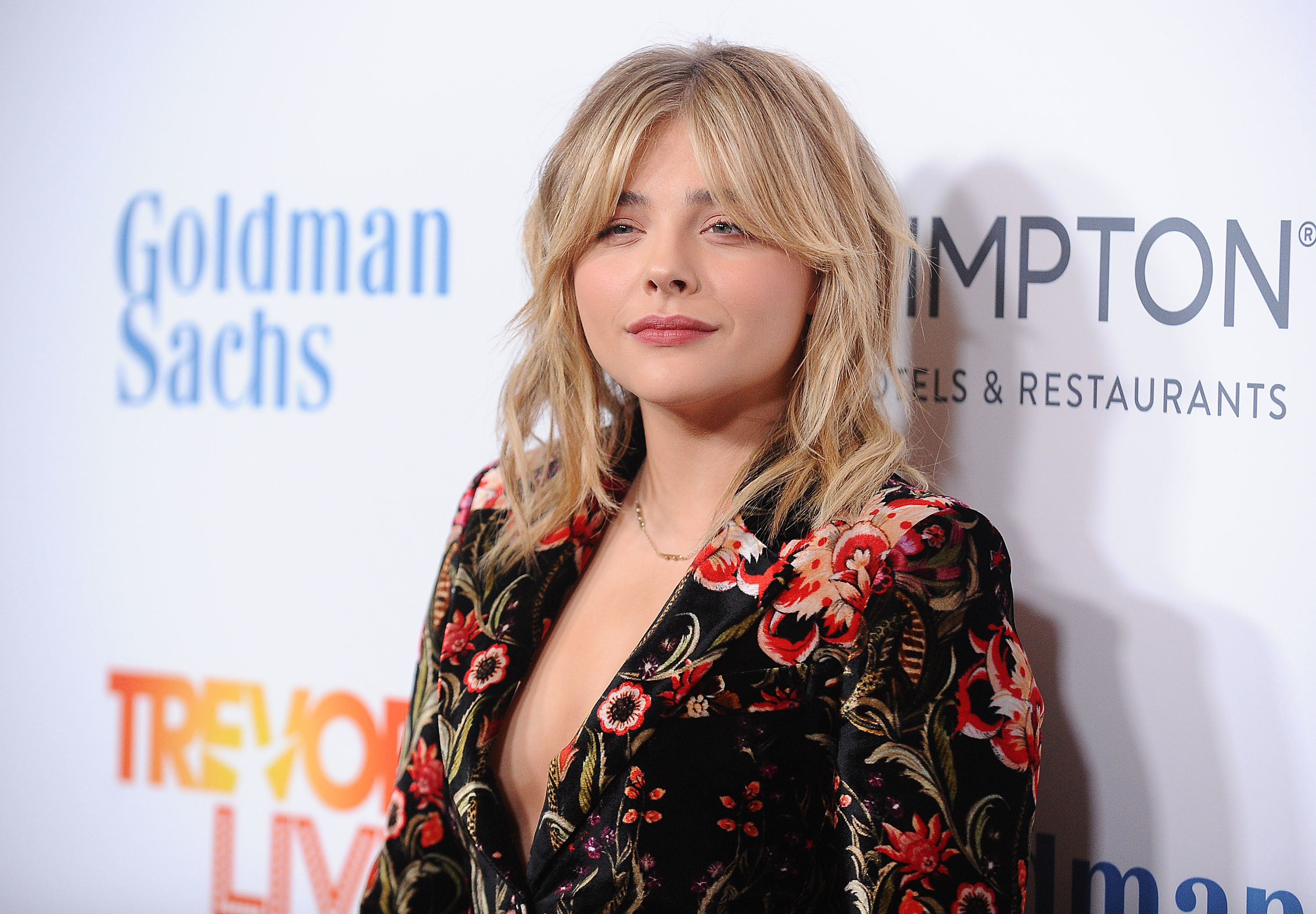 BEVERLY HILLS, CA - DECEMBER 04:  Actress Chloe Grace Moretz attends the TrevorLIVE Los Angeles 2016 fundraiser at The Beverly Hilton Hotel on December 4, 2016 in Beverly Hills, California.  (Photo by Jason LaVeris/FilmMagic)