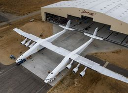 Microsoft Billionaire Unveils The Largest Aircraft In The World