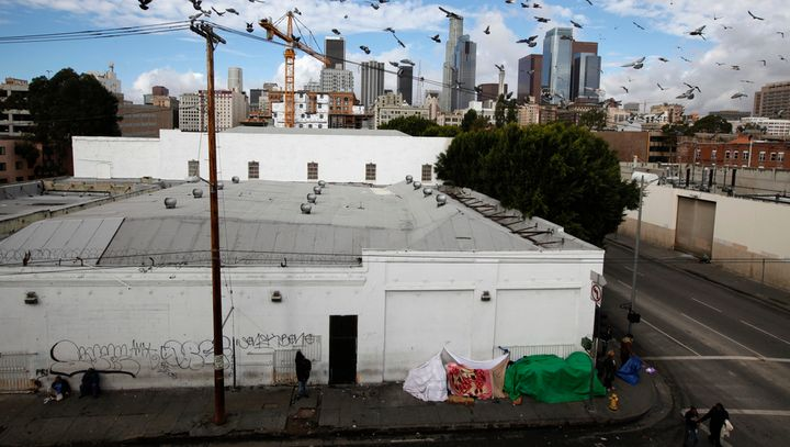Skid Row in Los Angeles, a city where rich and poor live in very close proximity – for better and for worse