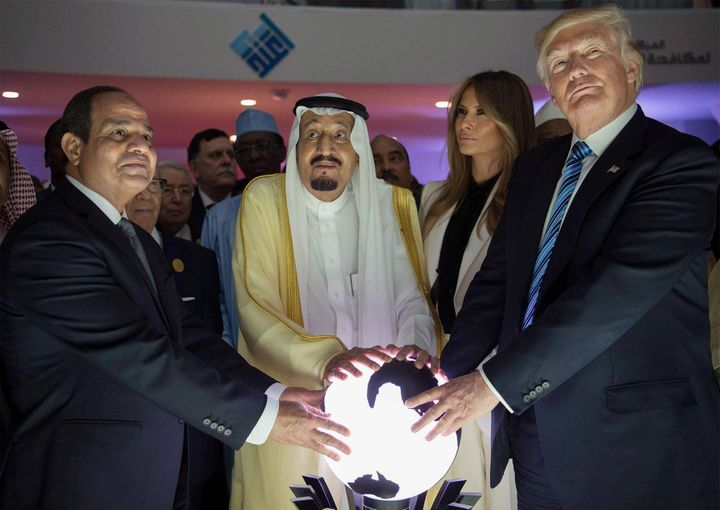 Egyptian President Abdel-Fattah el-Sisi, King Salman, first lady Melania Trump and President Donald Trump at the opening