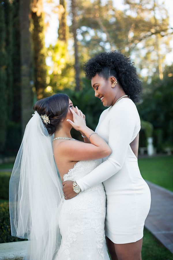 33 Emotional Lgbt Wedding Photos That Will Leave You Weak In The Knees  Huffpost-7389