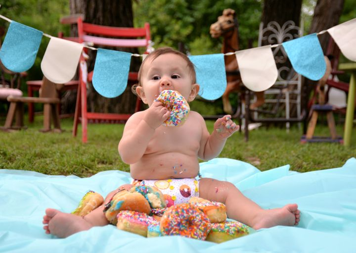 It Doesn't Get Much Cuter Than This Baby's Donut Smash Photos 5931cc902000002b00be02d2