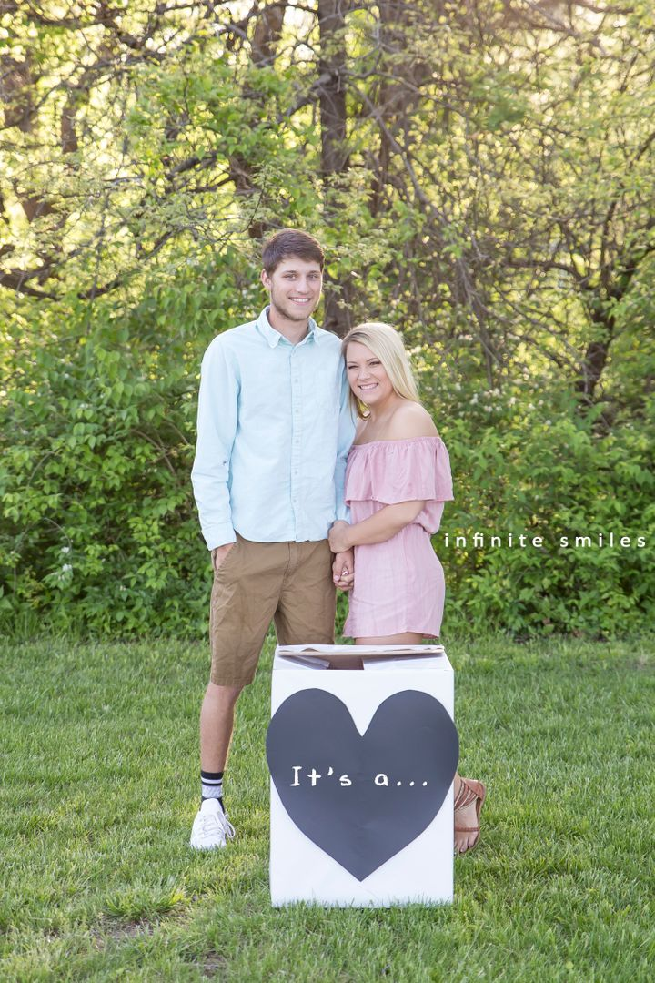 Kennedy and Jake modeled the photo shoot after the gender reveal shoots pregnant couples often do.