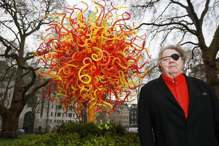 Lawsuit Accuses Glass Artist Dale Chihuly Of Plagiarizing ...