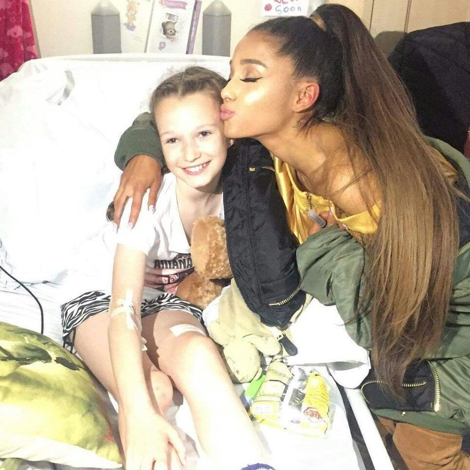 Ariana Grande Visits Manchester Bombing Victims In Hospital Ahead Of Benefit