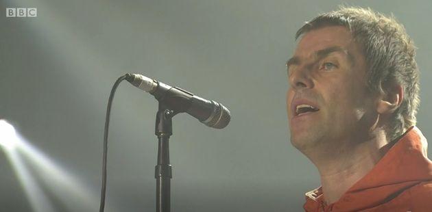 Liam Gallagher actúa por sorpresa en el concierto benéfico de Ariana Grande en