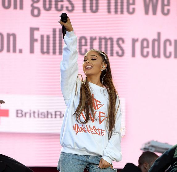 Ariana Grande resumes her world tour in Paris