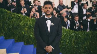 NEW YORK, NY - MAY 01:  The Weeknd attends the 'Rei Kawakubo/Comme des Garcons: Art Of The In-Between' Costume Institute Gala at Metropolitan Museum of Art on May 1, 2017 in New York City.  (Photo by J. Kempin/Getty Images)