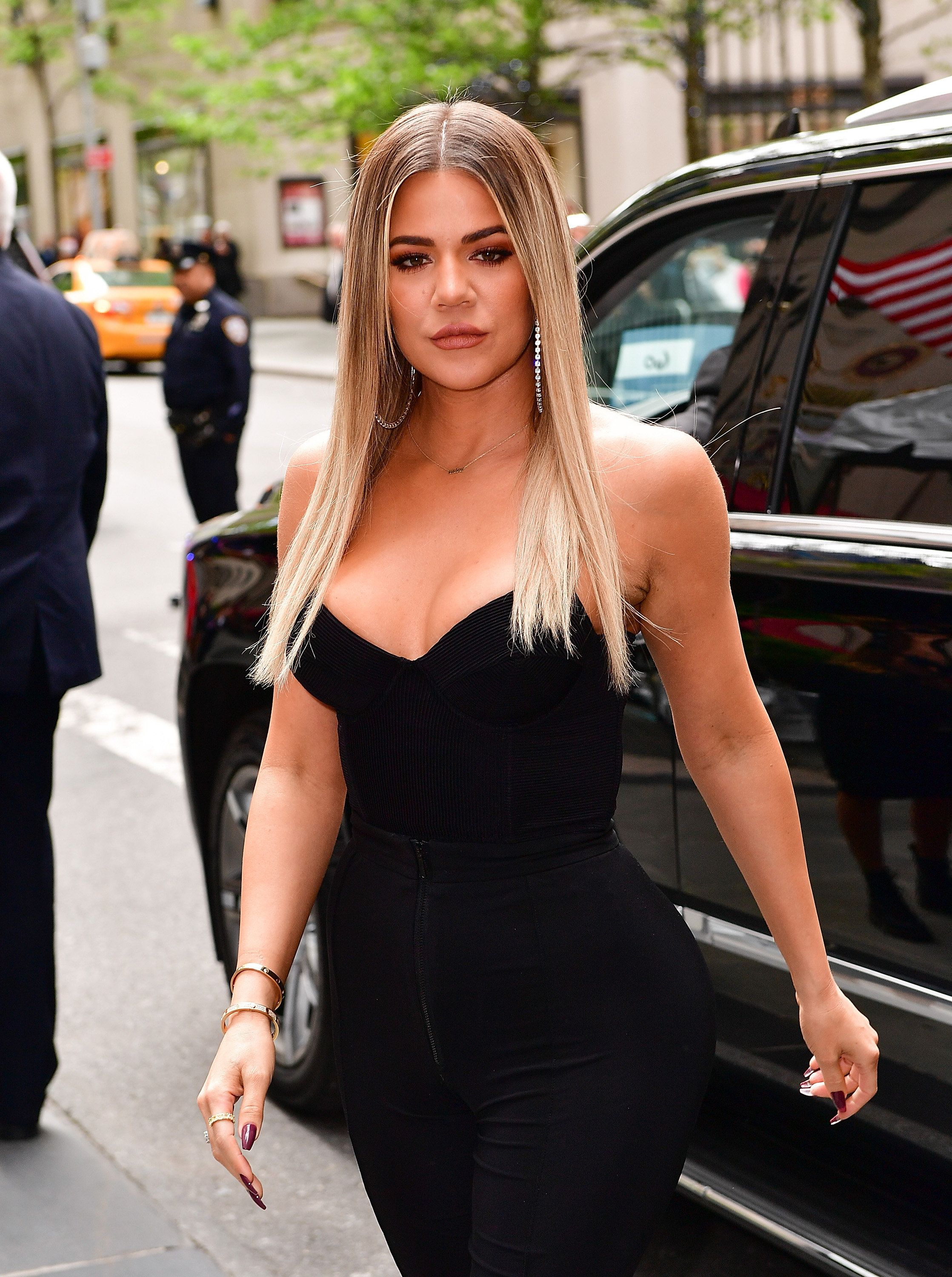 NEW YORK, NY - MAY 15:  Khloe Kardashian arrives at the 2017 NBCUniversal Upfront at Radio City Music Hall on May 15, 2017 in New York City.  (Photo by James Devaney/GC Images)