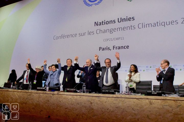 <p>Global leaders embrace at the end of the Paris Summit, 2015</p>
