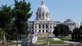 The Minnesota State Capitol Building in St. Paul, Minnesota July 3, 2013. The building, designed by Cass Gilbert, was completed in 1905 and designed to echo the national capitol in Washington, D.C.  REUTERS/Eric Miller (UNITED STATES - Tags: CITYSPACE TRAVEL)