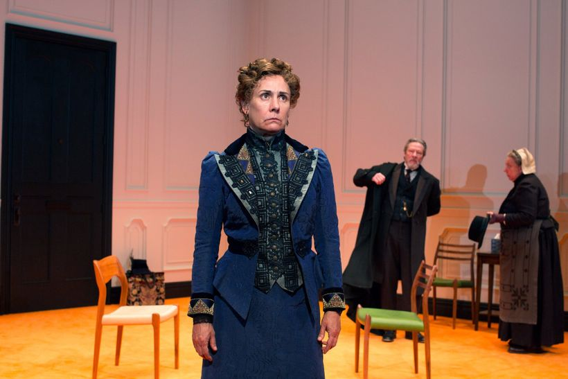Laurie Metcalf, as Nora, commands a room that also includes Chris Cooper (Torvald) and Jayne Houdyshell (Anne-Marie) in <em>A