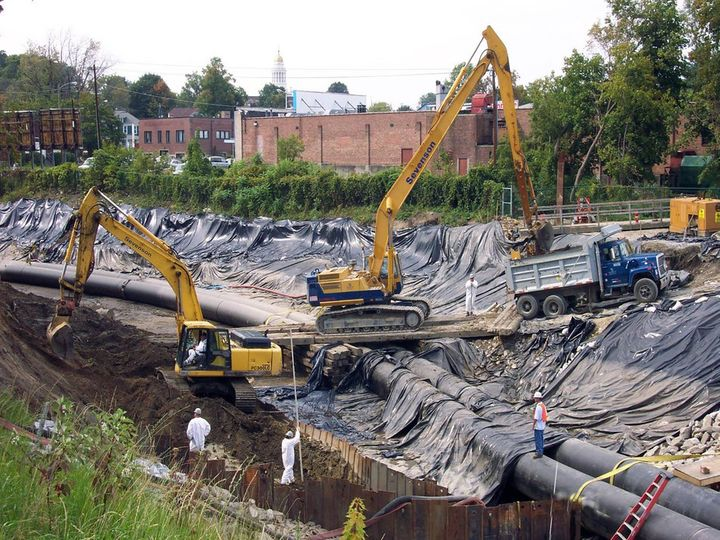 Cleanup at the GE Housatonic Superfund site in Pittsfield, Massachusetts, 2007. Years of PCB and industrial chemical use at G