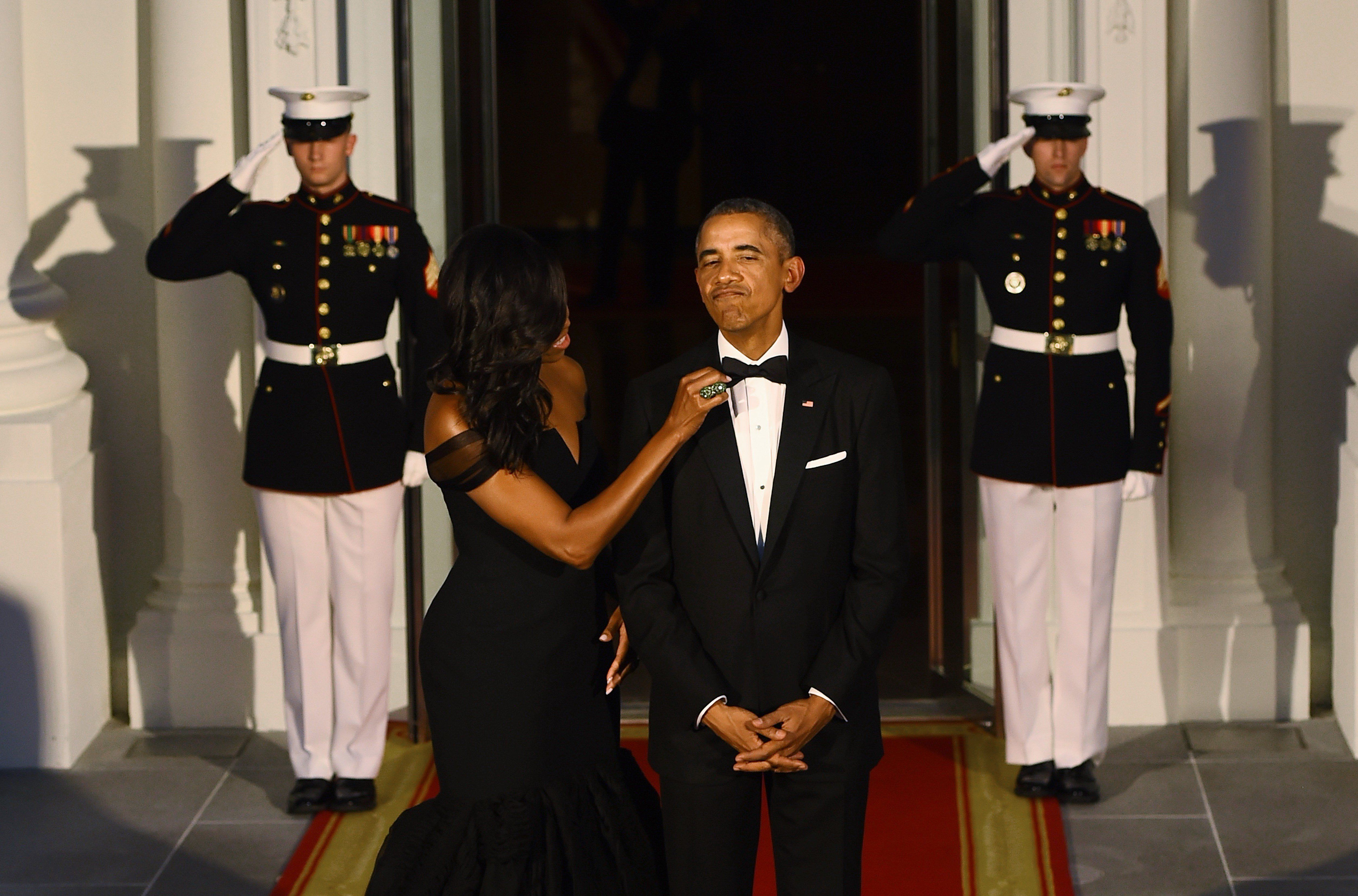 Juuuust right. Obama debuted a newtuxedo this night in 2015 and then wore it the remainder of his presidency.