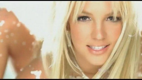 You Have To Listen To Britney Spears Singing 'Toxic' Without