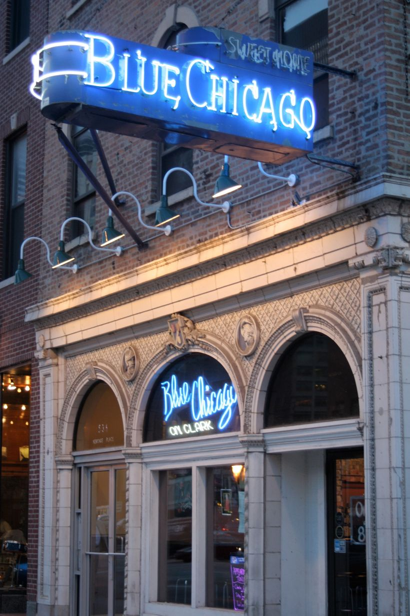 The façade of Blue Chicago