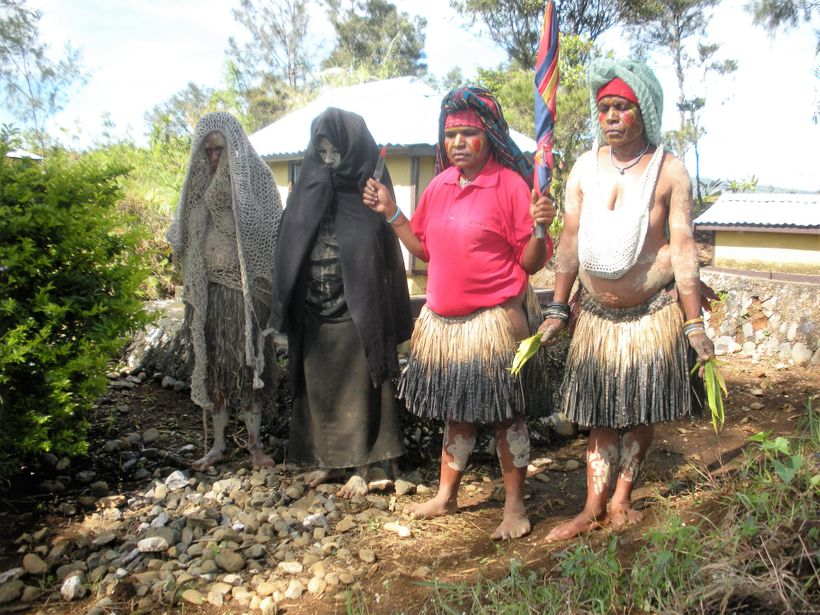 Women's roles in Papua New Guinea.