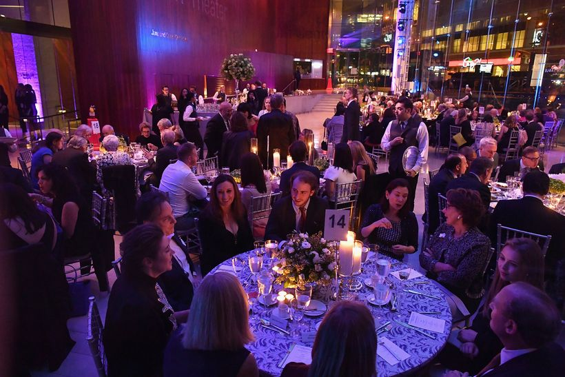 Guest enjoy dinner during Lincoln Center Hall of Fame Gala