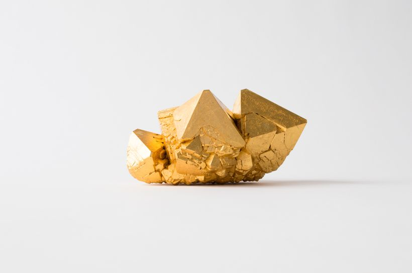 <em>Pentimenti #56, </em>2017crystals grown on 19th century Holy Cross Church plaster fragment, 24kt gold leaf, dragon's bloo