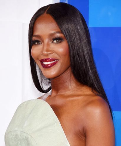 Naomi in Pat McGrath lipstick