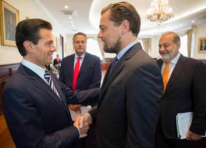 Mexican President Enrique Peña Nieto, actor Leonardo DiCaprio and billionaire Carlos Slim, right, meet before a&n