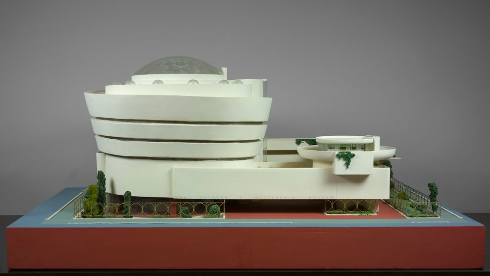 Frank Lloyd Wright's Solomon R. Guggenheim Museum in New York, New York (1943–59).