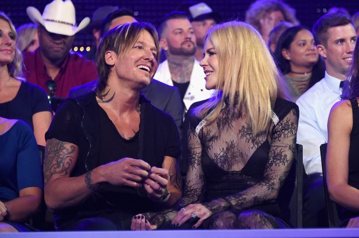 Nicole Kidman Supports Hubby Keith Urban at CMT Awards 2017