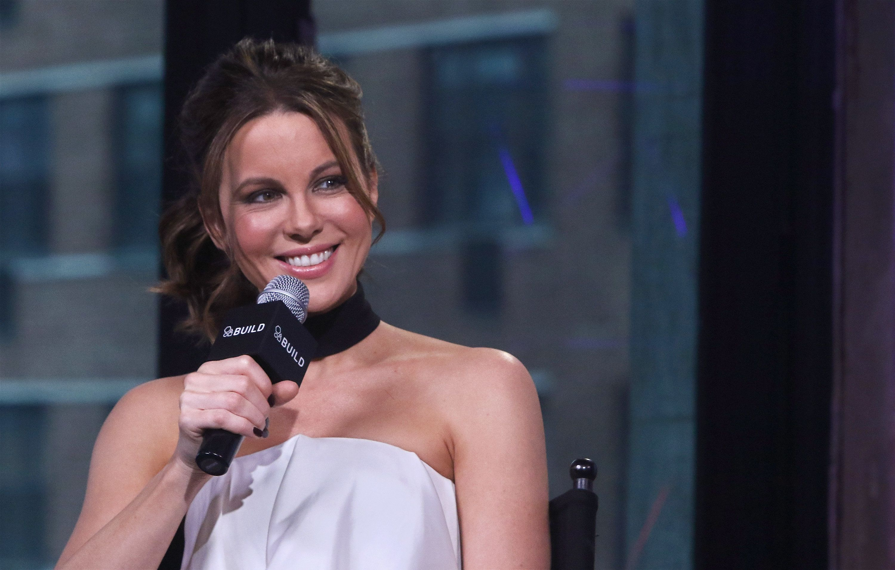 NEW YORK, NY - JANUARY 04:  Actress Kate Beckinsale attends the Build series to discuss 'Underworld: Blood Wars' at AOL HQ on January 4, 2017 in New York City.  (Photo by Jim Spellman/WireImage)