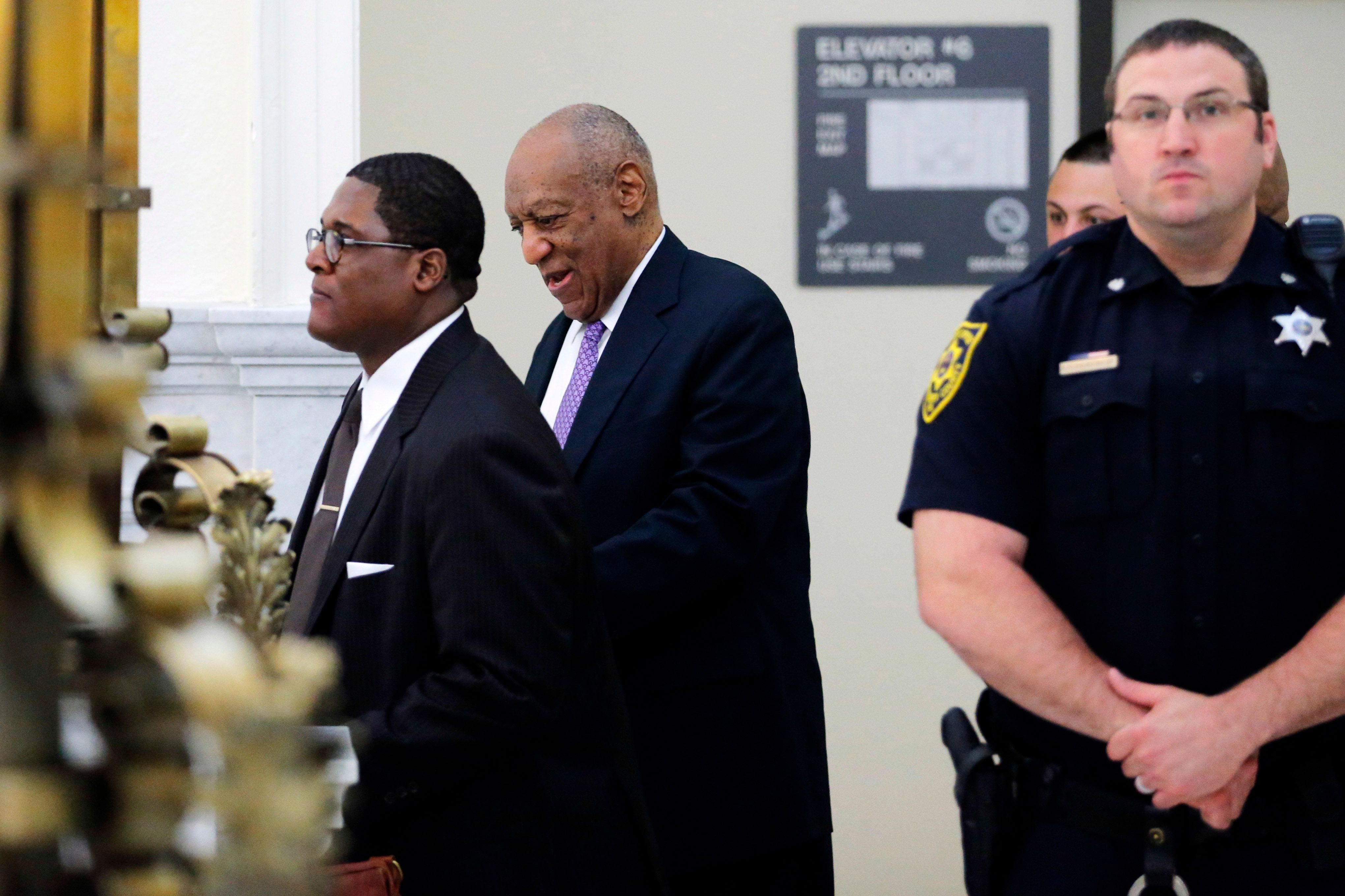 NORRISTOWN, PA - JUNE 9:  Actor and comedian Bill Cosby walks into the courtroom after a lunch break during the fifth day of Cosby's sexual assault trial at the Montgomery County Courthouse June 9, 2017  in Norristown, Pennsylvania.  A former Temple University employee alleges that the entertainer drugged and molested her in 2004 at his home in suburban Philadelphia.  More than 40 women have accused the 79-year-old entertainer of sexual assault.  (Photo by Lucas Jackson-Pool/Getty Images)