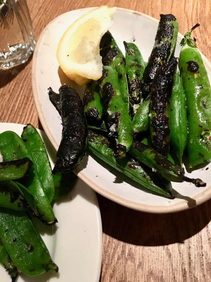 <p>Grilled peas are a great way to start a summer dinner</p>