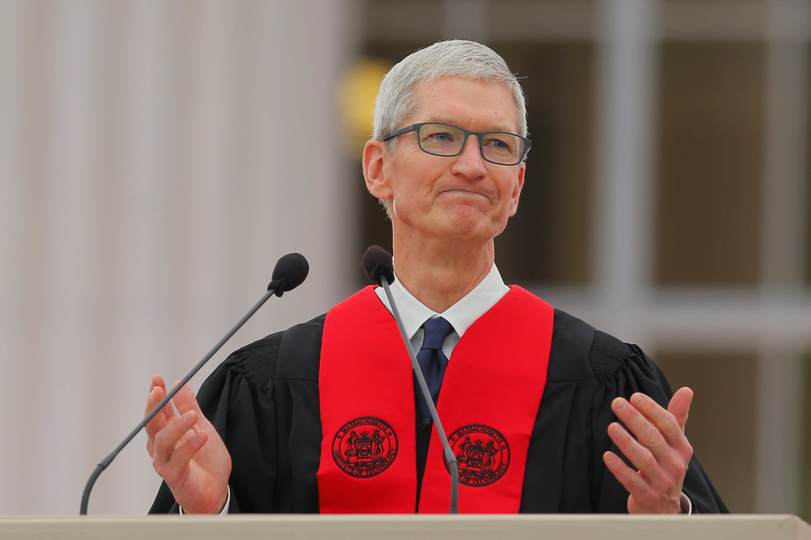 Apple CEO Tim Cook speaks during Commencement Exercises at Massachusetts Institute of Technology (MIT) in Cambridge, Massachusetts, U.S., June 9, 2017. REUTERS/Brian Snyder