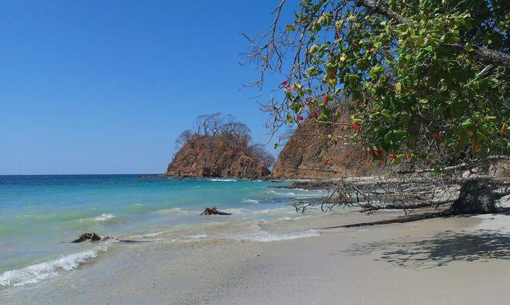 <p>Free beaches for everyone!</p>