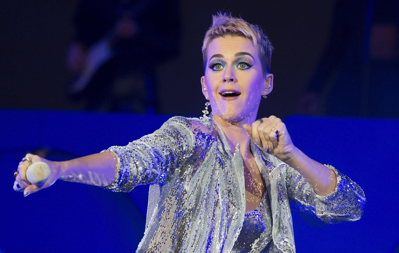 Después de años de enemistad, Katy Perry pide perdón a Taylor