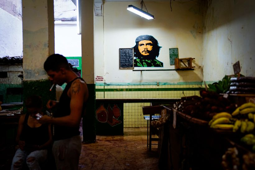 Ché Guevara is a central Cuban figure, so I wanted to capture an image that shed light on him. No pun intended.