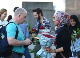Muslims Hand Out Roses On London Bridge In Gesture Of 'Love And Solidarity'