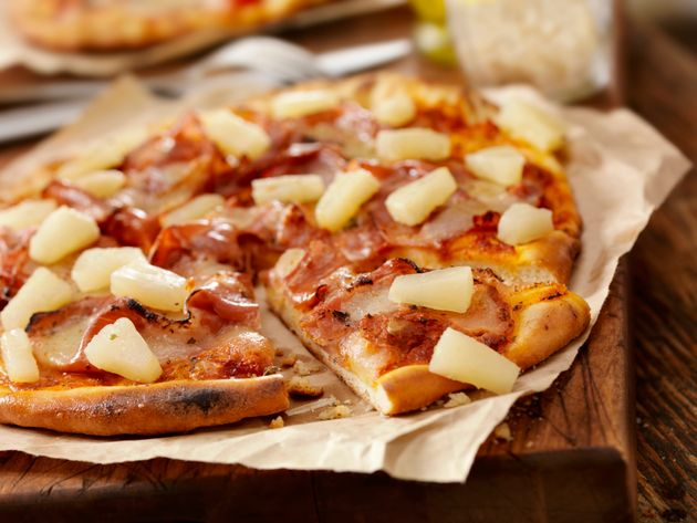 The Man Who Created Pineapple On Pizza Has Died And Twitter Is Setting Its Differences