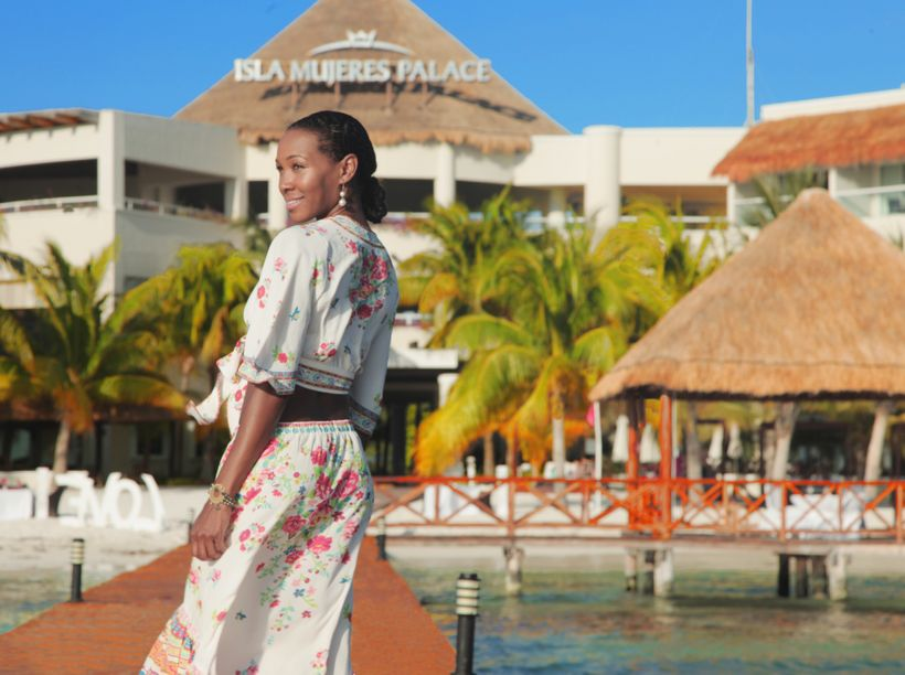 "Arriving to <a rel=""nofollow"" href=""http://www.palaceresorts.com/islamujerespalace/"" target=""_blank"">Isla Mujeres Palace Reso"