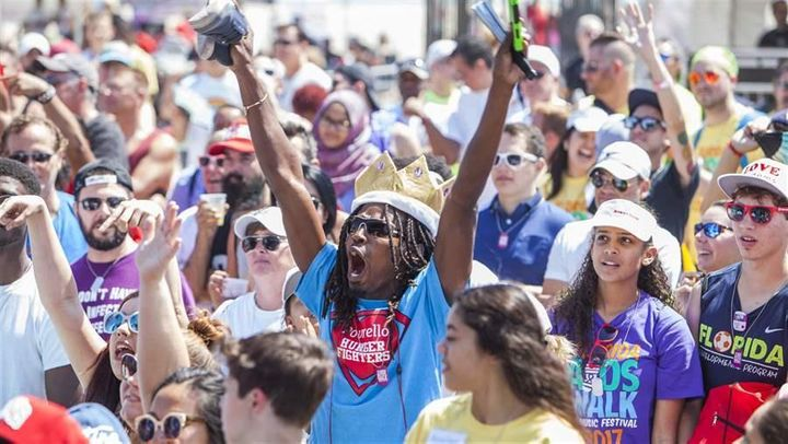 Participants at a Florida AIDS walk and music festival on Fort Lauderdale Beach in March that raised over $1.4 million to sup