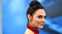 Gal Gadot's 'Wonder Woman' Makeup Artist Reveals The Beauty Products Behind Her