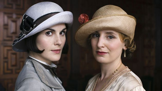 Lady Mary (Michelle Dockery) and Lady Edith (Laura Carmichael) finally made up their long-running feud...