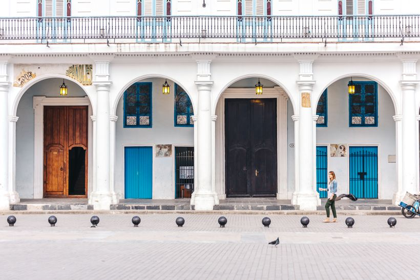 "<a rel=""nofollow"" href=""https://www.thetravelpockets.com/new-blog/48-hours-in-cuba"" target=""_blank"">Every corner of Old Havan"