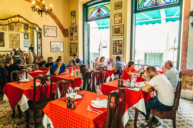 """<a rel=""""nofollow"""" href=""""https://www.thetravelpockets.com/new-blog/48-hours-in-cuba"""" target=""""_blank"""">Paladar Los Mercaderes is"""