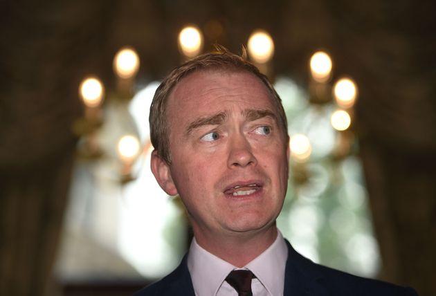 Tim Farron quits as Lib Dem leader