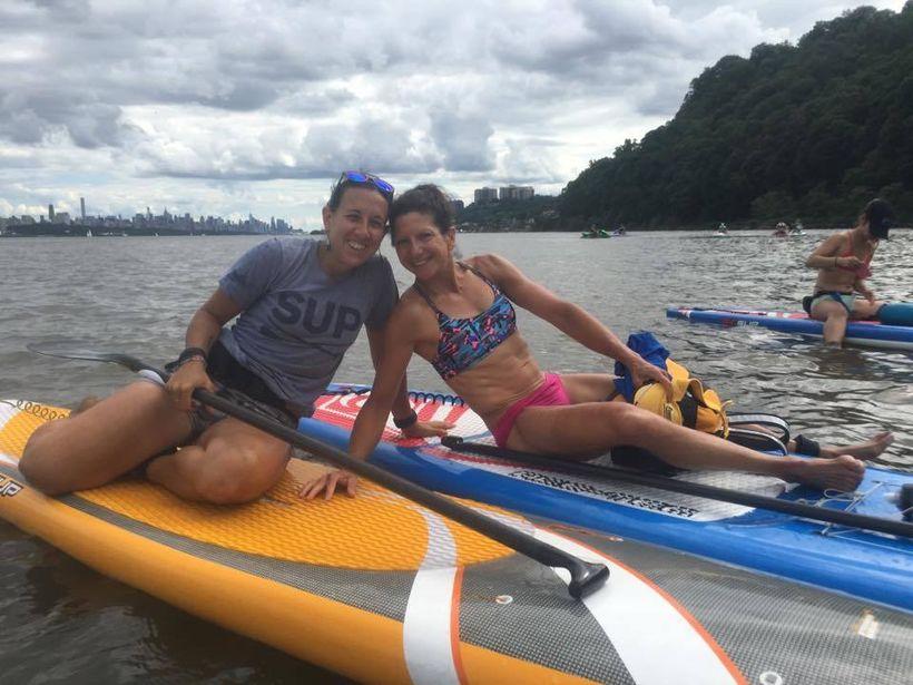 Jules Gismondi& Stefani (author) on Manhattan Kayak & SUP - SUP Tour