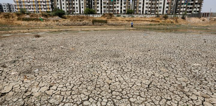Ratanpura Lake, on the outskirts of Ahmedabad, Gujarat, has almost completely dried up.