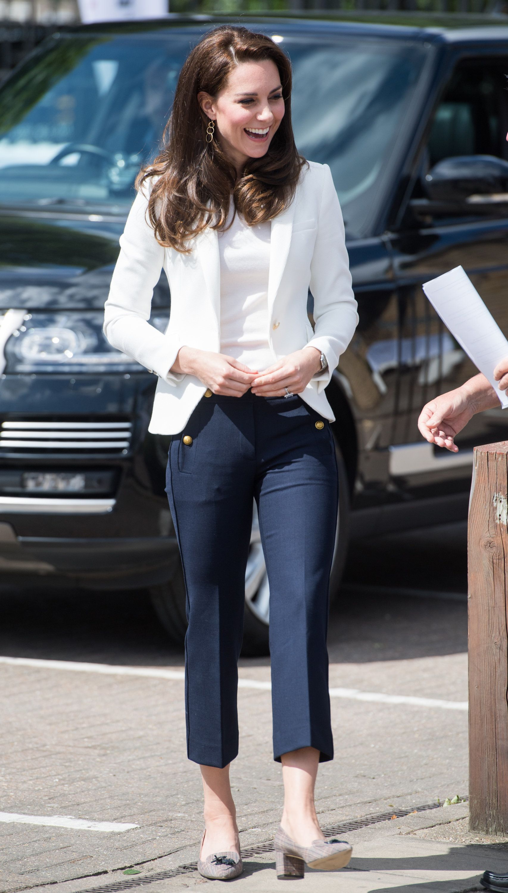 Kate Middletons 50 Zara Pants Are Going to Sell Out Kate Middletons 50 Zara Pants Are Going to Sell Out new photo
