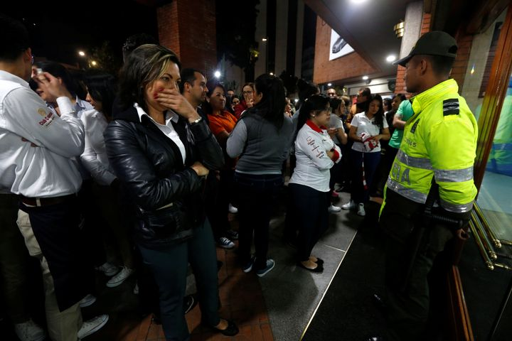 In Bogota a bomb exploded in a shopping center