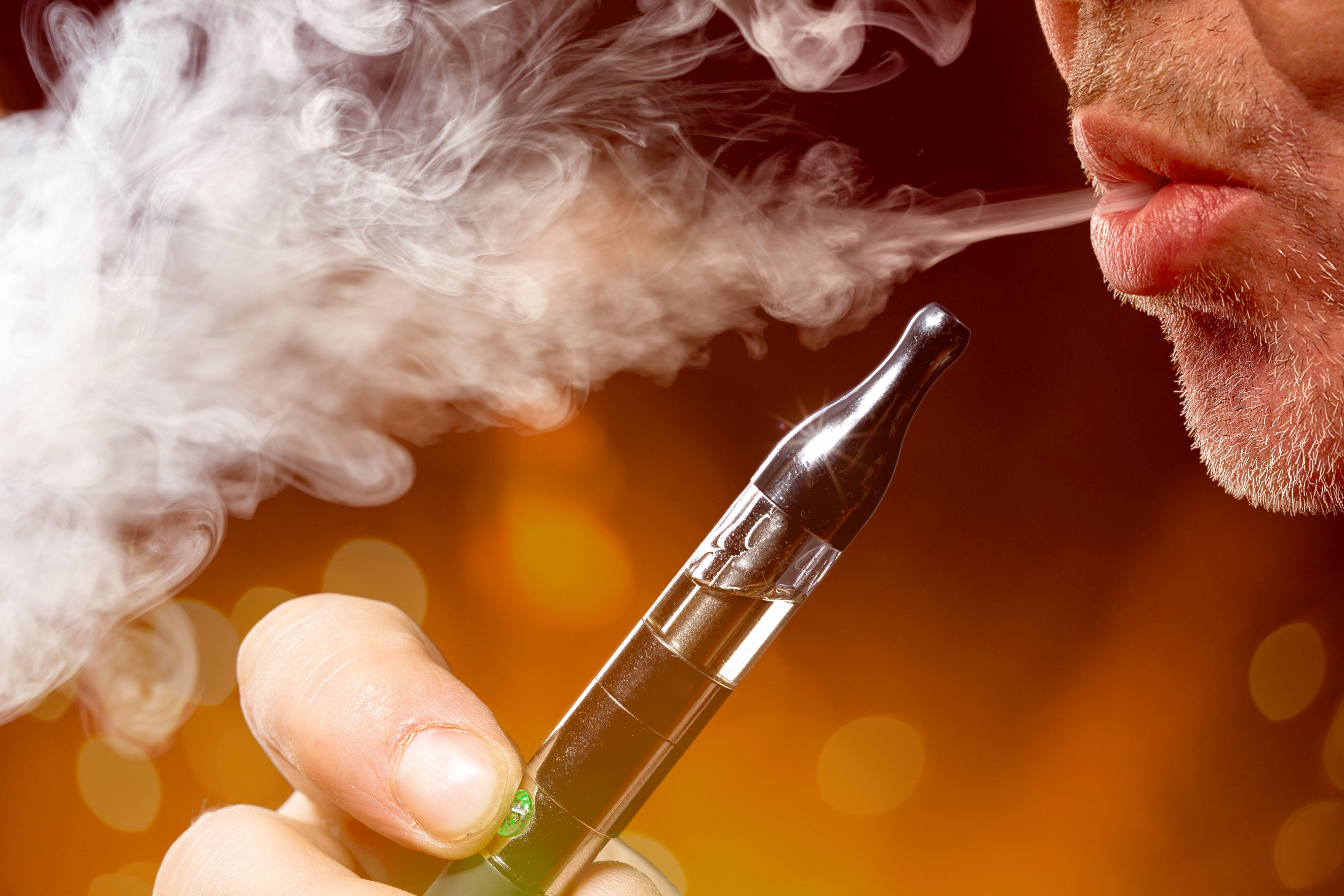 Fake E-Cigarettes Could Hack Computers, Warn