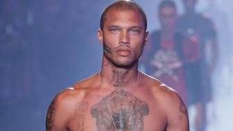 MILAN, ITALY - JUNE 18:  Jeremy Meeks walks the runway at the Plein Sport show during Milan Men's Fashion Week Spring/Summer 2018 on June 18, 2017 in Milan, Italy.  (Photo by Sebastian Reuter/Getty Images)